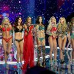 """Foto: Parada Victoria's Secret – cel mai """"HOT"""" eveniment al anului!"""