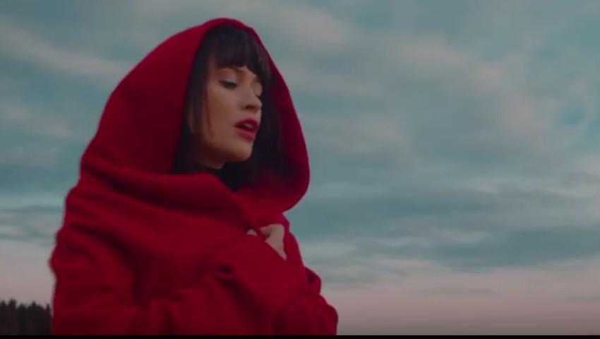 Foto: Video! Irina Rimes și-a surprins fanii cu un nou videoclip