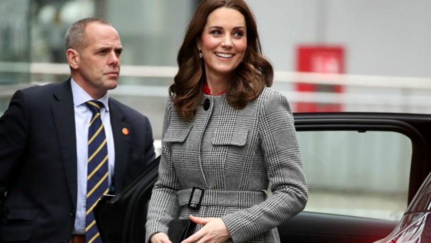Foto: Ducesa de Cambridge a impresionat cu o nouă ținută de graviduță