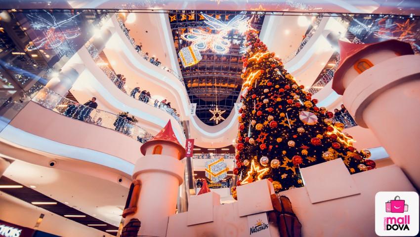 Foto: La Shopping MallDova s-a dat startul Sărbătorilor de iarnă. Ce distracții îi așteaptă pe vizitatori!