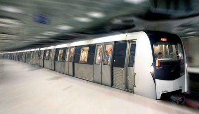 Caz tragic în metroul din București. O femeie de 25 de ani a murit după ce a fost împinsă pe șine