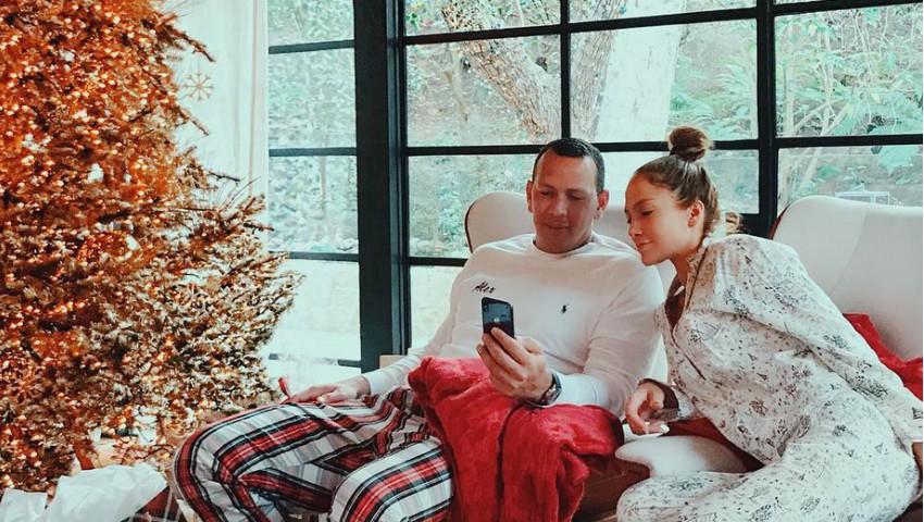 Foto: Jennifer Lopez, într-o ședință foto de cuplu, în pijamale fără machiaj