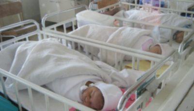 Dezvăluiri șocante. Ce li se face nou-născuților în maternități ca să nu plângă