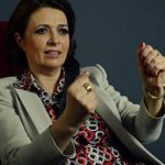 Foto: O milionară din Iași crește 30 de copii ai străzii, investește în educație și îi face premianți