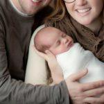 Foto: Un bebeluș s-a născut dintr-un embrion îngheţat în urmă cu 25 de ani