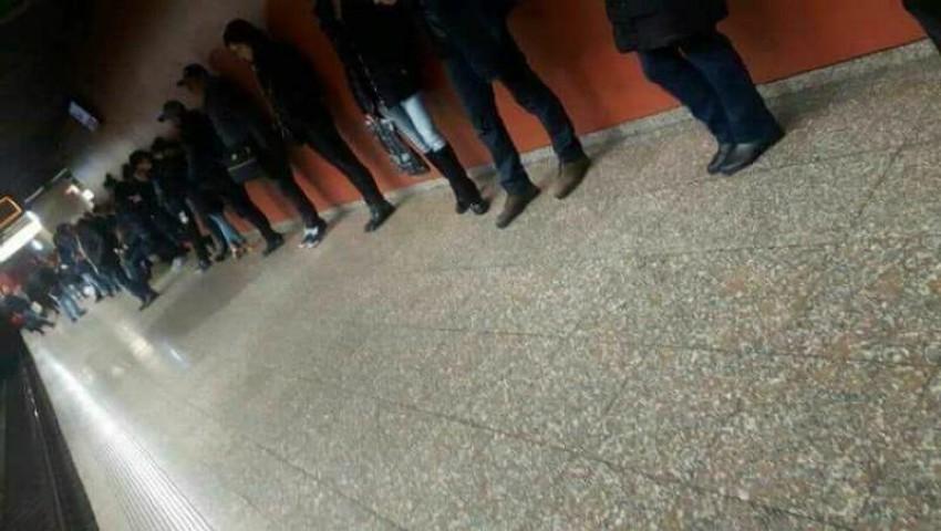 Foto. Cum așteaptă bucureștenii metroul în stații?