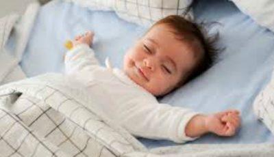 A dormi sau nu în același pat cu copilul tău?