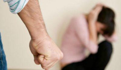 O femeie a fost bătută cu fierul de călcat în cap de către concubinul său