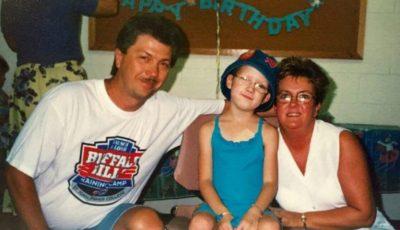 Și-a drogat fiica și i-a ras părul de pe cap pentru ca oamenii să creadă că este bolnavă de cancer