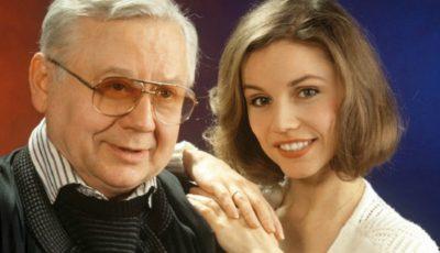 Foto! Oleg Tabacov și tânăra sa soție după 22 de ani de căsnicie