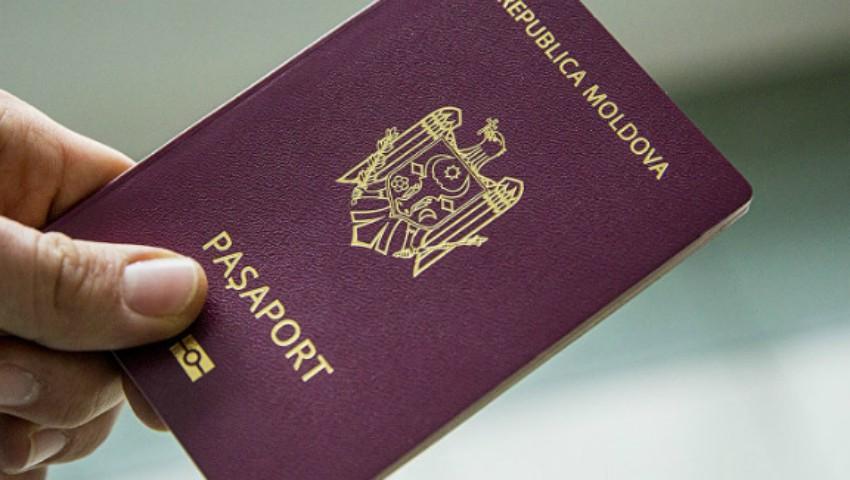 Foto: Moldovenii riscă să nu mai poată circula liber în UE