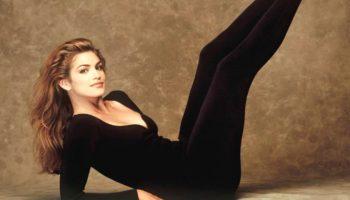 Cindy Crawford a dezvăluit exercițiul preferat care o ajută să se mențină în formă