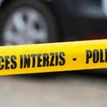 Foto: Un bărbat din Sîngerei a fost găsit împușcat în cap, în propria casă