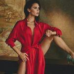 Foto: Victoria Beckham, seducătoare și flexibilă într-o ședință foto inedită pentru Vogue!