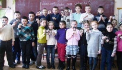 Patru școli-internat se închid: copiii vor ajunge în familii