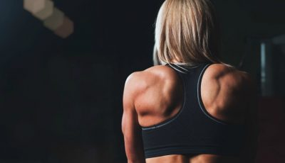 Acest exercițiu este mai eficient decât 1000 de abdomene
