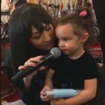 Foto: Video! Fiica Andrei cântă împreună cu mama sa