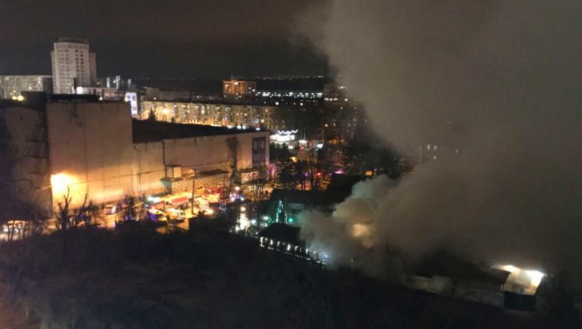 Foto: Un incendiu puternic a izbucnit într-un restaurant din sectorul Râșcani al Capitalei