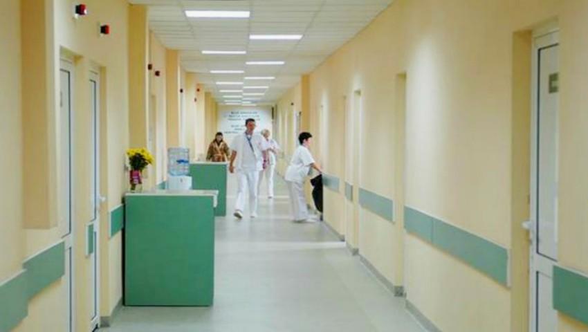 Foto: Mamele își doresc o atitudine corectă și civilizată din partea personalului medical din instituțiile de stat
