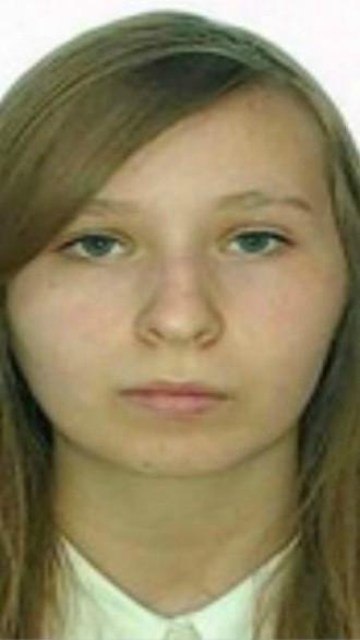 Foto: Adolescenta care a dispărut fără urmă în noaptea dintre ani, a fost găsită