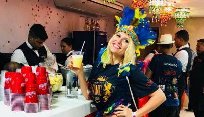 Diana Rotaru într-o vacanță în Brazilia. Vezi cum se distrează focoasa blondă la Carnavalul de la Rio
