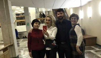 Cadou inedit de Ziua Îndrăgostiților! Daniela Burlac a mers cu mamele la concertul lui Smiley