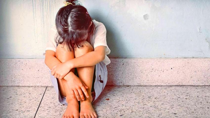 """Foto: O fetiță, căreia i-a venit ciclul menstrual, s-a sinucis pentru că nu a suportat ,,rușinea"""""""