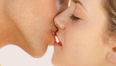 Ce infecții se pot transmite prin sărut?