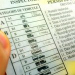Foto: Moldovenii vor putea avea permise de conducere de tip internațional