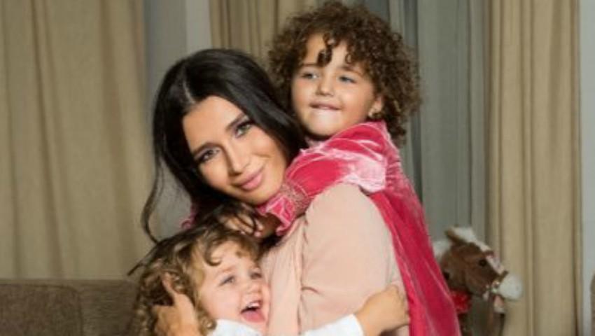 Foto: Elena Băsescu este însărcinată cu al treilea copil
