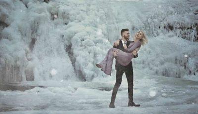Au imortalizat iubirea într-un mic regat de gheață! Fotografiile care au făcut înconjurul lumii
