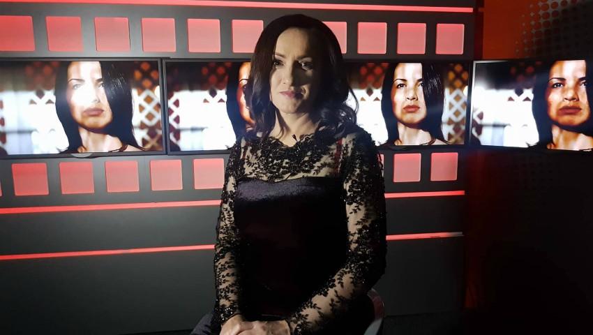 Foto: Jurnalista Ileana Rusu va scoate măştile invitaţilor la Impact TV