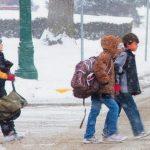 Foto: Școli închise luni și marți, din cauza gerului