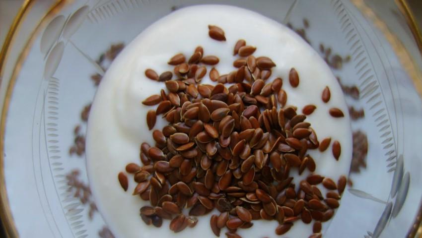 Foto: 8 moduri prin care poți să incluzi semințele de in în dietă
