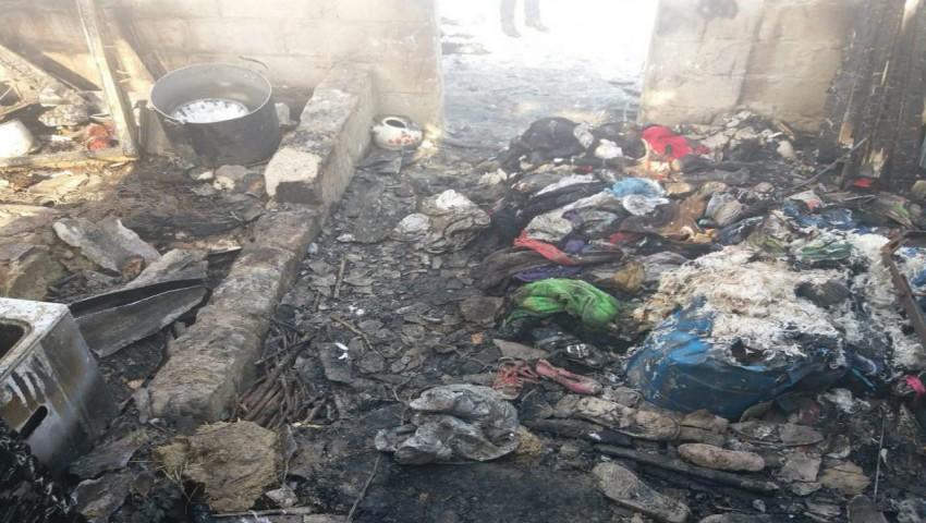 Foto: O familie din Leova cere ajutor! Un incendiu puternic le-a mistuit casa pe timp de iarnă
