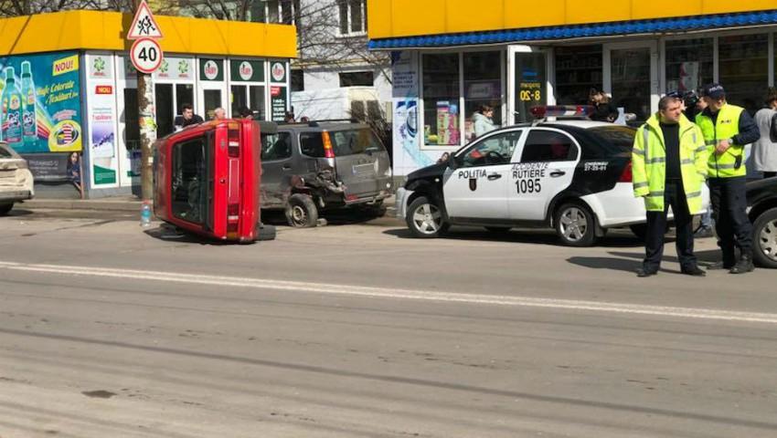 Foto: Un accident grav s-a produs astăzi în cartierul Poșta Veche din Capitală