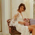 Foto: Bloggerița Cristina Surdu se pregătește să îmbrace rochia de mireasă!