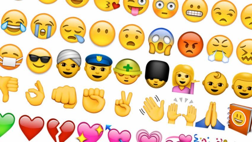 Foto: Un dicționar online a inclus definițiile emoticoanelor utilizate în rețelele de socializare
