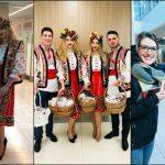 Foto: O surpriză pentru călători! Pasagerii Aeroportului Internațional Chișinău au primit în dar mii de Mărțișoare!