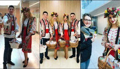 O surpriză pentru călători! Pasagerii Aeroportului Internațional Chișinău au primit în dar mii de Mărțișoare!