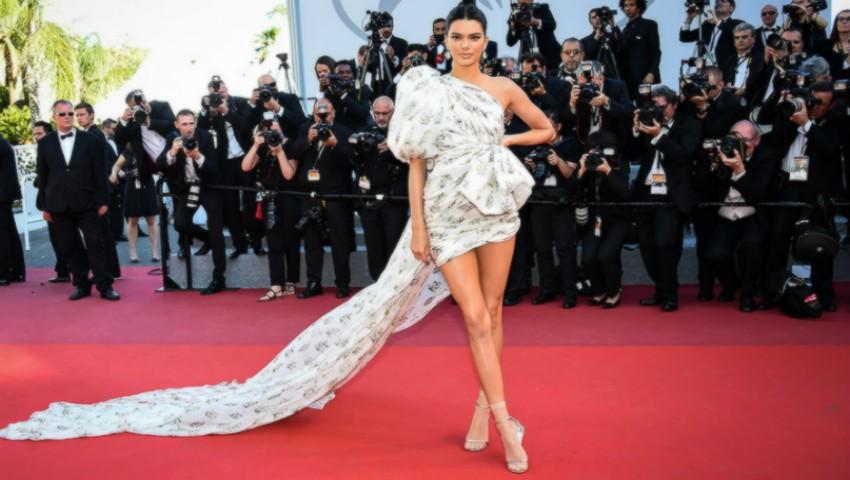 Foto: Ce se întâmplă cu rochiile celebrităților după aparițiile pe covorul roșu?