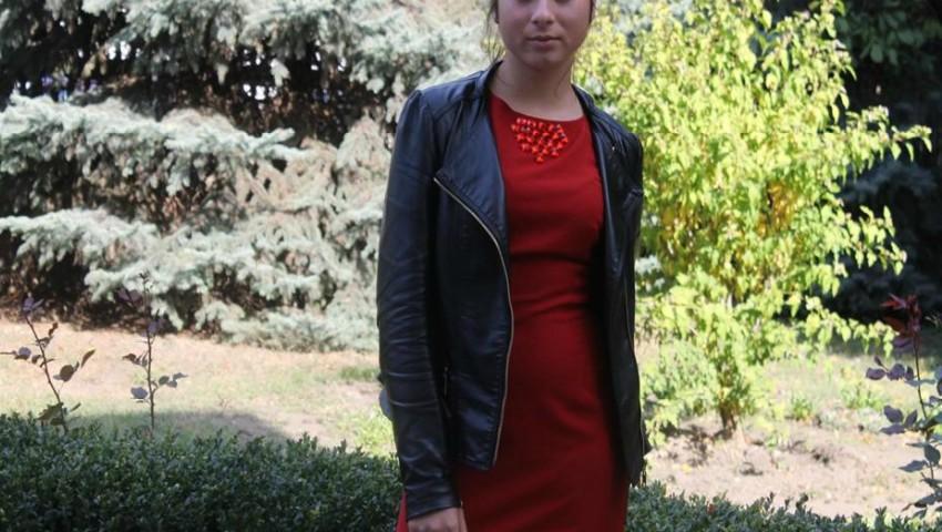 Foto: O tânără de 16 ani a dispărut fără urmă! Oamenii legii solicită ajutor