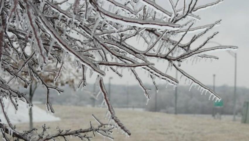 Foto: Ploaia înghețată – ce este fenomenul periculos din mijlocul primăverii?