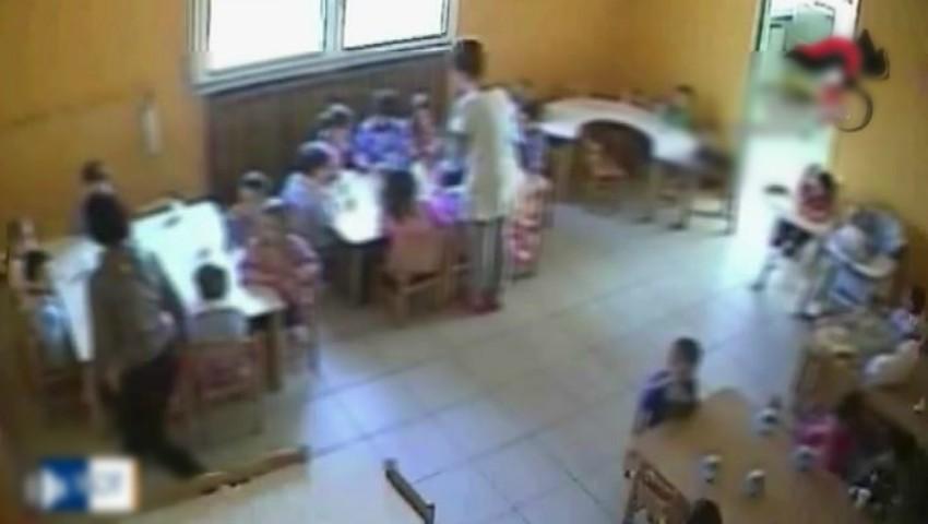 Foto: Scene revoltătoare. Copii bătuți și umiliți la o grădiniță privată