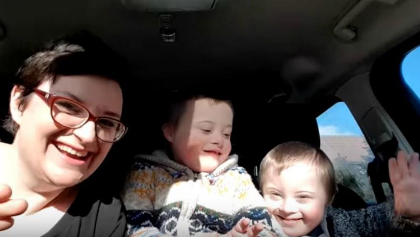 Foto: Copiii cu sindromul Down sunt protagoniștii unui clip viral în mediul online. Video
