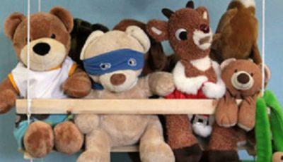 Câteva idei geniale care te ajută să NU ai casa plină de jucării împrăștiate
