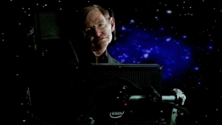 Foto: Ultima lucrare a lui Stephen Hawking, cu 2 săptămâni înainte să moară. Fizicianul a prezis sfârșitul lumii