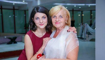 Cu drag de mamă: Olesea Sveclă, actriță