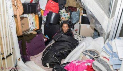 Este mama unui milionar, dar trăiește într-un container
