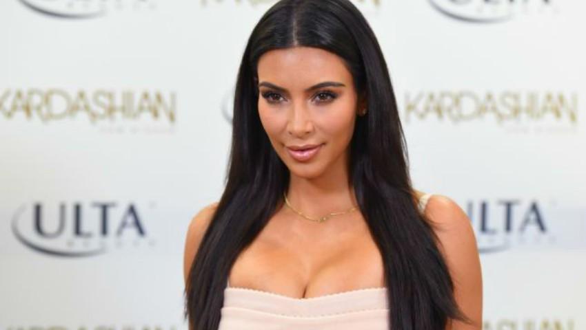 Foto: Cum a reuşit Kim Kardashian să slăbească 31 de kg după cea de-a doua sarcină?